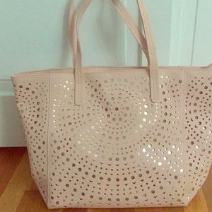 Tote bag pink 13 x 20 very roomy. Never used